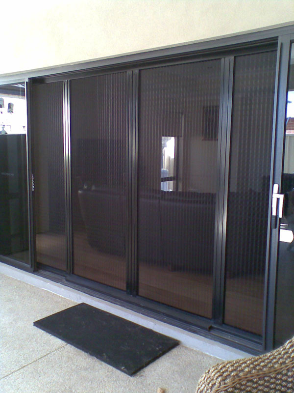 Pleated Retractable Fly Screens