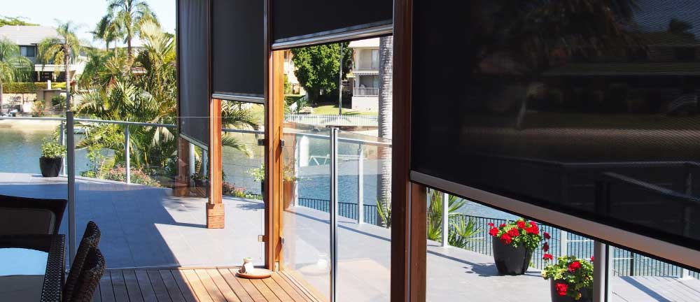 Freedom SmartScreen - Retractable Screens